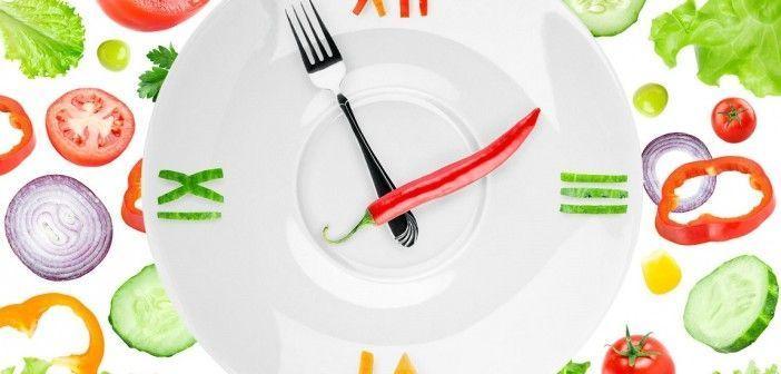 Comer despacio ayuda a quemar grasa