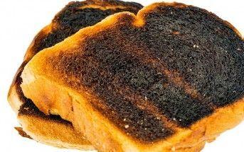 Comer el pan muy tostado aumenta el riesgo de cáncer